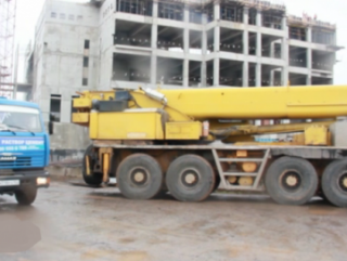 На месте будущей Соборной мечети Уфы вновь заработала строительная техника