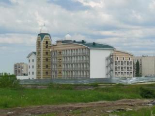 Строительство исламского образовательного центра не  остановлено