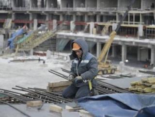Бюджет пополнился на 33 млрд руб. за счет покупки мигрантами патентов и разрешений на работу