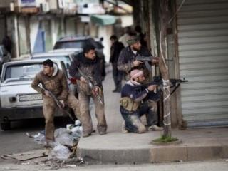 Пока же сирийские граждане обходятся проверенными «калашами»