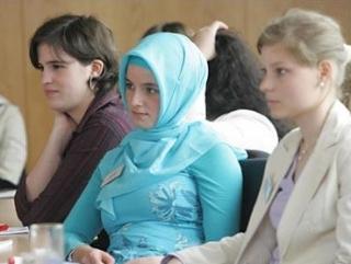 Хиджаб стал частью повседневной жизни России
