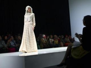 Шоу мусульманской моды в Индонезии