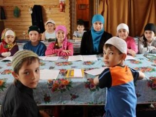 Летние детские лагеря в мечети на Мельникайте проводятся с 2007 года