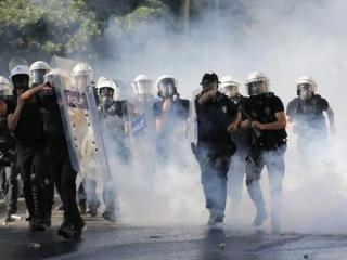 Компенсации получат исключительно мирные демонстранты