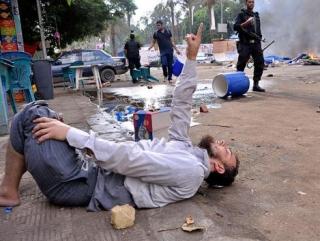 Число убитых сторонников Мурси возросло до 300 человек
