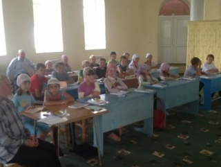 Имамы выступили в роли опекунов детей