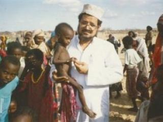 Из объятий д-ра Сумайта многие африканцы пришли в объятия ислама
