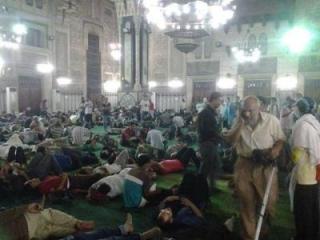 Десятки людей погибли при штурме мечети Аль-Фатх