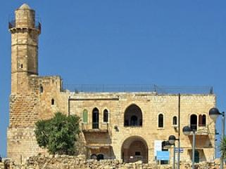 Израильтяне пытаются превратить исторические мечети в синагоги