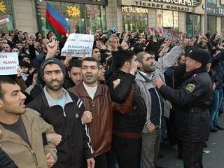 В азербайджанских школах, по прежнему,  запрещены хиджабы