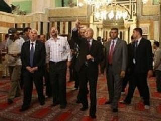Генсек ОИС посетил исламские святыни Палестины