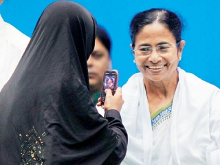 Индия: Можно обойти  на решение суда по выплате пособий имамам