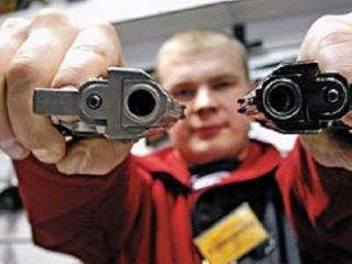 Судимым за тяжкие преступления запретят покупку оружия