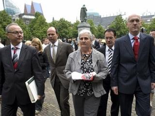 Адвокаты потребуют компенсации у Нидерландов за всю Сребреницу