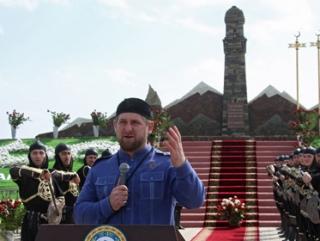 Рамзан Кадыров открыл мемориал чеченкам времен Кавказской войны