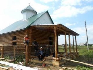 В мечети твердыни хана Кучума установили старинный полумесяц
