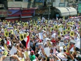 В Египте не прекращаются акции в защиту конституционного строя
