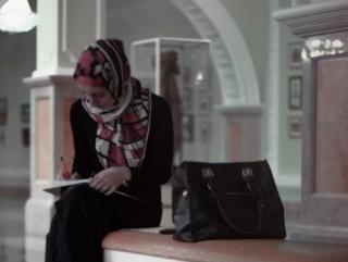Студенток Финансового университета хотят отчислить за хиджаб
