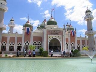 Мусульмане Таиланда и их проблемы