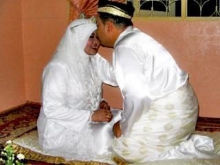 Египет: жена развелась с мужем из-за «неумения целоваться»