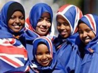 Британская молодежь позитивно относится к исламу