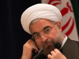 За разговор с Обамой президента Ирана закидали яйцами