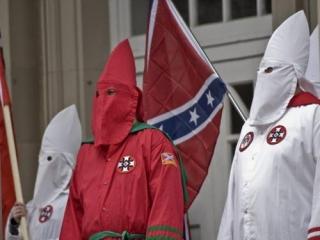 Ку-клукс клан проведет акцию протеста против чернокожего Обамы