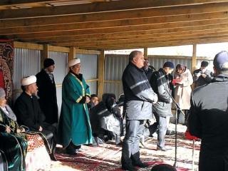 Мечеть имени муфтия Сибири открылась в поселке «крутых»