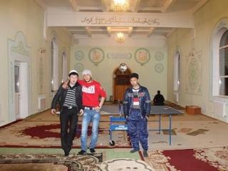 Молодежь в мечети может размяться за настольным тенисом