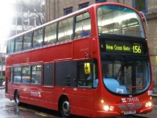 Красный автобус- «даблдекер» - один из символов Лондона и Великобритании