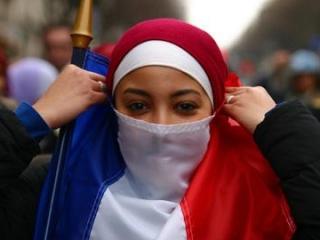 Запреты на хиджаб и никаб во Франции сохранятся, даже, несмотря на протесты граждан и мнение государственных экспертов
