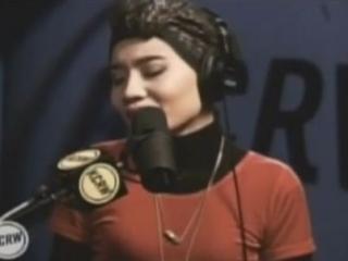 Американская поп-звезда малазийского происхождения Юнни
