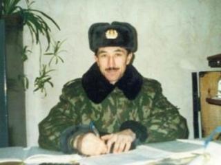 Российского узника Гуантанамо навестят соотечественники