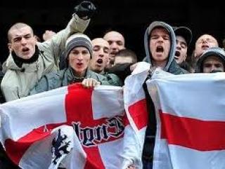 Члены националистической «Лиги английской обороны»