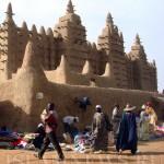 Центральная мечеть в столице Мали