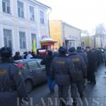 Отцепление митингующих милицией