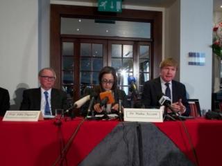 Юридические советники «Братьев-мусульман» на пресс-конференции в Лондоне 6 января 2014 г.