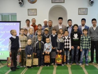 В исторической мечети Пензы прошел первый конкурс хафизов Корана