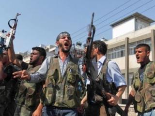 Повстанческие группировки сражаются друг с другом за власть