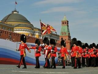 Британские военные на параде в Москве