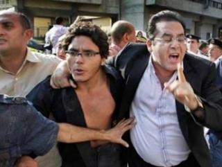 Мухаммед и Айман Нур в ходе одной из акций в защиту конституционного строя. Фото: «Ватан»