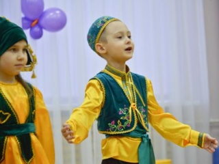 Детский сад поможет сохранить татарские традиции, язык и культуру, - считает Рустам Минниханов