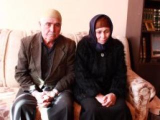 Убитые горем родители имама и кормильца