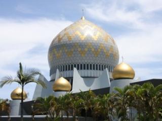 Мечеть в Кота-Кинабалу (Малайзия)