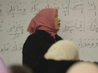 Женщины становятся предстоятельницами на молитвах