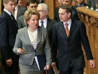 Руководители обеих палат Федерального собрания РФ заявили о поддержке решения Верховного совета Крыма о проведении референдума о присоединении к России