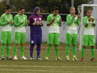 Пакистанские футболистки-мусульманки радуются решению ФИФА