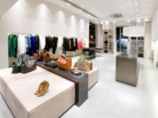 Преимущества покупок в интернет-магазине одежды