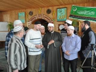 Шейх призвал самое большое татарское село к умеренности