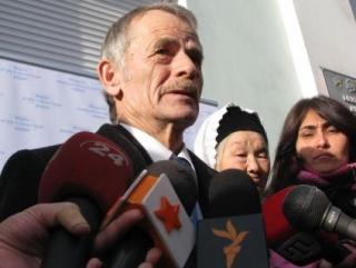 Мустафа Джемилев проводит переговоры в Москве
